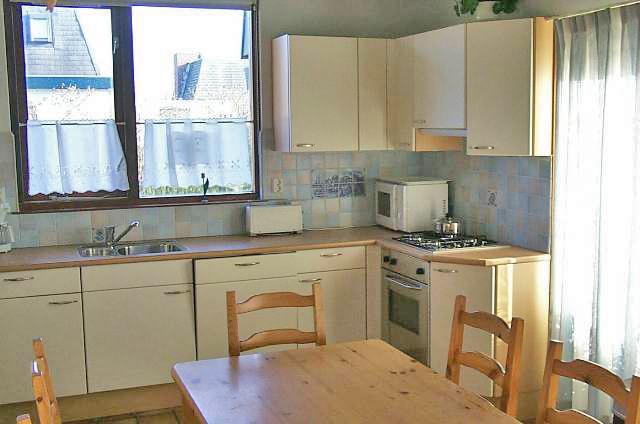 Home vakantiewoningen zeester 36 breskens verhuurcentrum breskens nl - Meubels keuken beneden cm ...